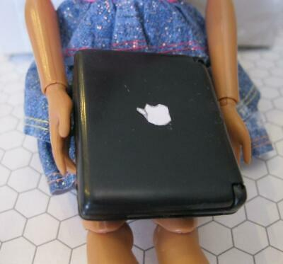 BARBIE DOLL LAPTOP COMPUTER APPLE LOGO 1/6 I can be Career Mini Mac Book Toy
