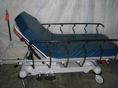 STRYKER 1125 PRIME Series Stretcher With Zoom Drive