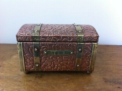 NICE QUALITY DECORATIVE ANTIQUE PUNCHED COPPER & BRASS TEA CADDY BOX 6 by 4 inch