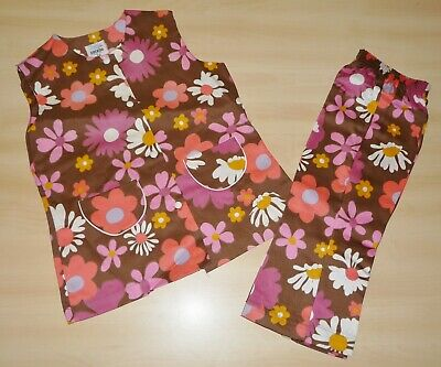 VINTAGE UNWORN 1970s GIRLS BROWN & PINK FLORAL TUNIC & TROUSER SUIT 2 to 5 YEARS