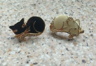 Cute pair of small brooches black Cat & white Mouse