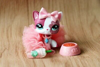 Authentic Hasbro Littlest Pet Shop LPS Short Hair Cat 2291 With Cute Accessories