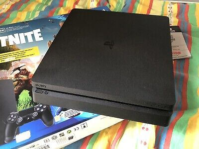 Sony PlayStation 4 Slim Fortnite 500GB Console - Nera