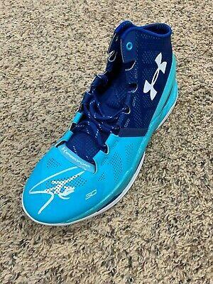 d2f8bd783b9 Stephen Curry Signed Autographed Under Armour Curry II Shoe Warriors  Beckett LOA