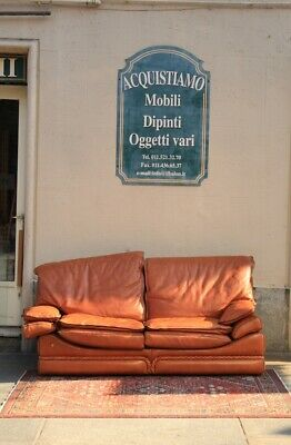 Sofa in Leather a Two Seater, Age '900, Manufacture Paolo Colombo / Sofa