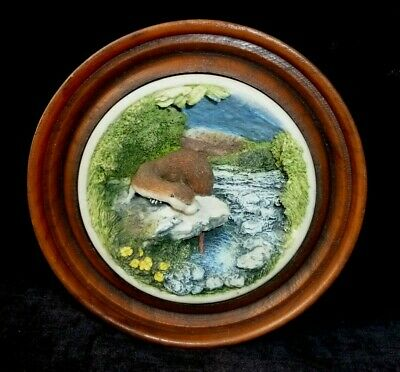 C. Holt & Co Nature's Window Otter Wall Plaque