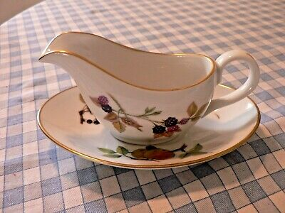 """A Small Royal Worcester """"Evesham Gold"""" Sauce Boat On Stand"""