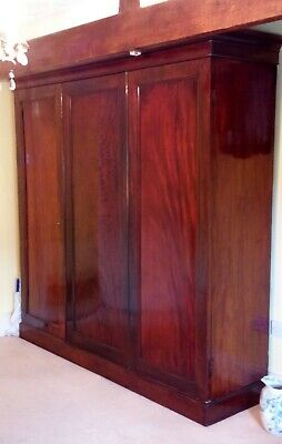 Large Victorian antique mahogany wardrobe wooden