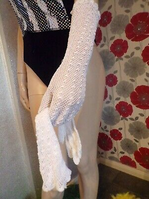 Original Vintage Victorian Style Quality Beautiful Crochet  White   Gloves - 6