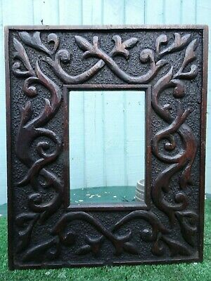 SUPERB MID 19thC GOTHIC WOODEN OAK FRAME WITH INTRICATE RELIEF CARVINGS c1840s