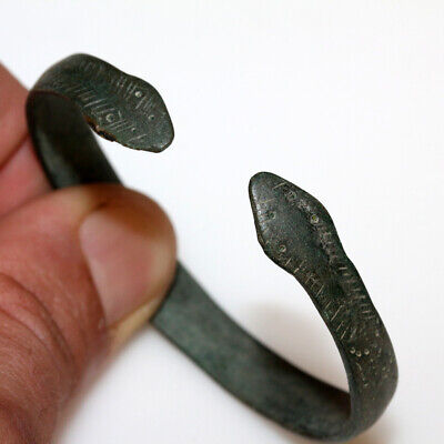 Museum Quality Celtic Bronze Bracelet With Snake Heads Ca 100-Bc - Ad
