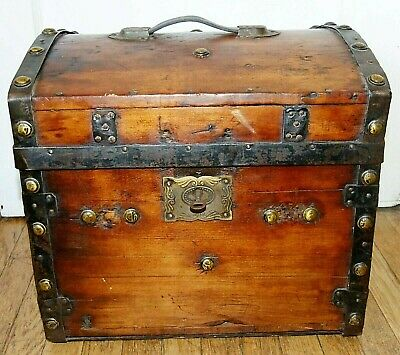 Rare 1800s Antique Dome-Top Steamer HALF TRUNK with Lock & Key!  16x15x15