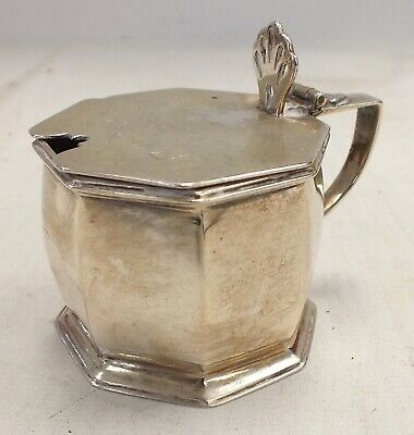 Vintage 1946 Hallmarked SOLID SILVER Small Hinged Case with Bottom Cutout - T04