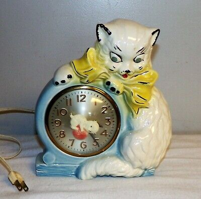 Vintage Sessions Wall Clock kitten wearing bow Ceramic Hull Pottery Works great
