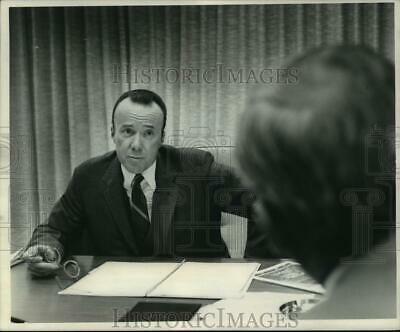 1972 Press Photo Gerald Hines of Gerald D. Hines Interests real estate firm