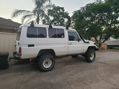 Toyota Landcruiser troopcarrier
