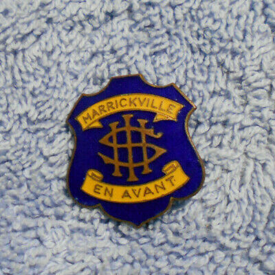 #D497. Marrickville  High  School Enamel   Lapel  Badge