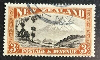 New Zealand GV 3/- chocolate & yellow-brown 'Mt Egmont' used SG569a P13.5x14