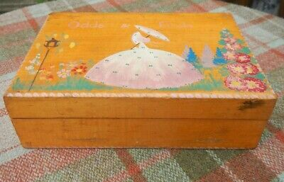 VINTAGE 1930s ART DECO PAINTED CRINOLINE LADY IN GARDEN WOODEN ODDS & ENDS BOX