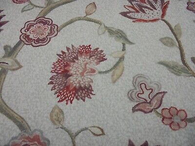 Designers Guild Fabric By William Yeoward Design Lily  5.5 Metres   Dk6251