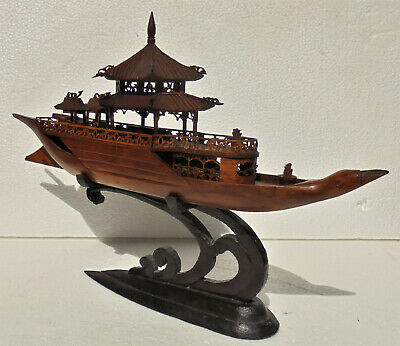 CINA (China): Old and fine Chinese wood boat