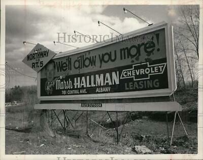 1972 Press Photo Last billboard left in Guilderland, New York - tua71261