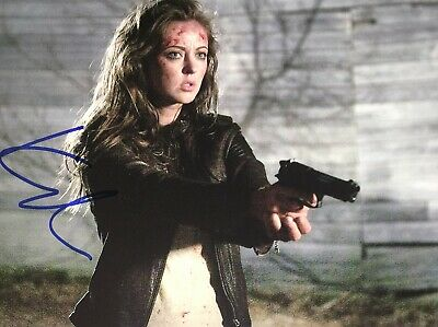 Photo collection of Katharine Isabelle - Richi Galery