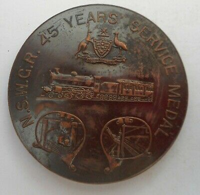 NSW GOVERNMENT RAILWAYS - 45YEARS' SERVICE MEDAL, 51mm