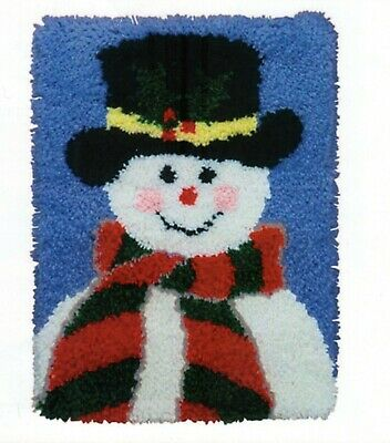 SNOWMAN ON BLUE LATCH HOOK RUG KIT, BRAND NEW from UK SELLER
