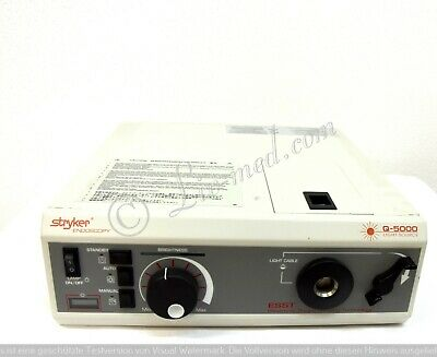 Stryker Q-5000 Light Source Light Source for Flexible and Stare Endoscopy