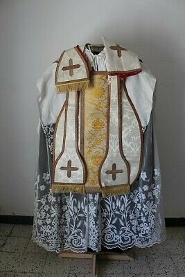 Chasuble Roman Priest near Mint Complete in Silk Damask White 19th Century