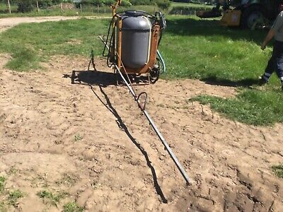allman tractor mounted crop / weed sprayer 8 metre