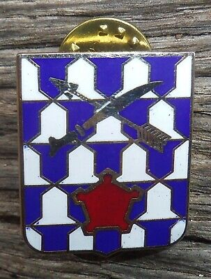 US Army 16th Infantry Regiment DUI Crest Badge Pin