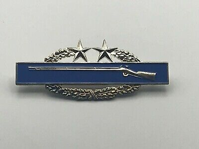 """US Army Military 3"""" Rifle Wreath Two Stars Pin Blue C1"""