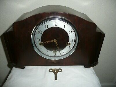 Enfield, Westminster Chimes Mantle Clock in Very Good Condition & Working.