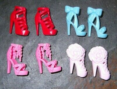 BARBIE DOLL SHOES m10 - 4 PAIRS of ASSORTED MODERN SANDALS