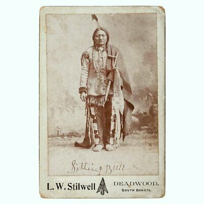 1882 Native American Sioux Indian Chief Sitting Bull Cabinet Card Photo Deadwood
