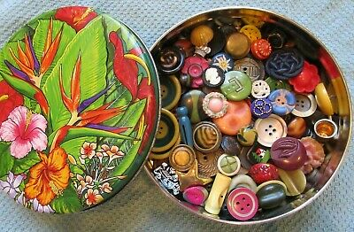 HUGE Lot of Antique~ Vtg BUTTONS in Tin~ Fun Mix Plastic Bakelite MOP GLASS++