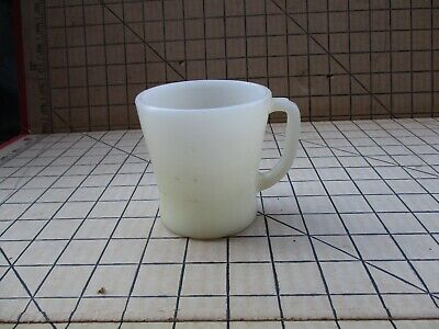 Vintage Anchor Hocking Fire King White Mug Coffee Cup D Handle No Chips Or Crack