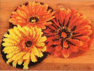 FLORAL FLOWERS GERBERA LATCH HOOK RUG KIT, BRAND NEW from UK Seller