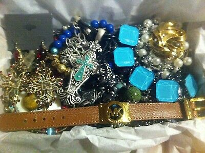 Vintage To Now Estate Find Jewelry Lot Junk Drawer Unsearched Untested Wear #101