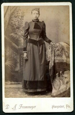 ANTIQUE CABINET PHOTO LOVELY VICTORINA WOMAN w STYLISH DRESS HANOVER PA