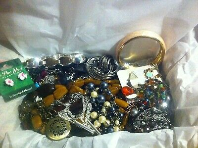 Vintage To Now Estate Find Jewelry Lot Junk Drawer Unsearched Untested Wear #121