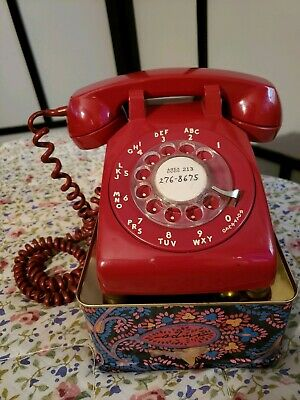 Vintage Western Electric red rotary dial desk/table phone w/cord