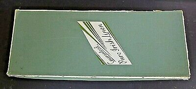 Vintage Boxed Double Damask Irish Linen Set~Never Been Used In Box Old but New