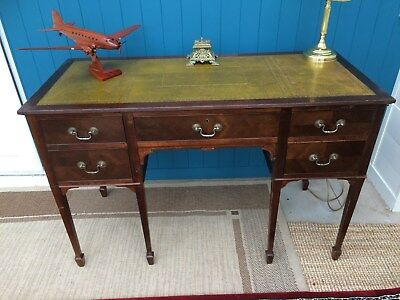 Regency Style Mahogany  Five Drawer Kneehole Desk With Leather Top