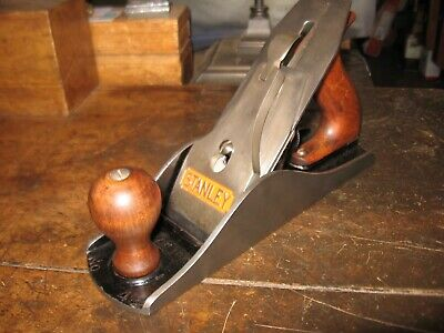 "Stanley Bailey No .4-1/2 Smoothing Plane Type 17  Mfg.1945         ""Work ready"""
