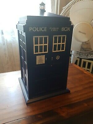 Doctor Who TARDIS Light-up & Sound Cookie Jar