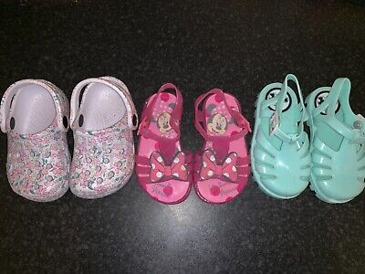 GIRLS HOT NEON PINK GLOW IN THE DARK JELLY JELLIES SANDALS IN SIZE 2 AND 3 BNWT
