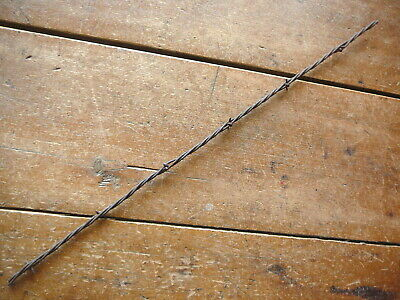 CURTIS 2-POINT HALF ROUND BARB 1 of 3 LIGHT GAUGE LINES - ANTIQUE BARBED WIRE